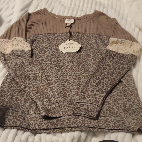 Knox Rose Animal Print Sweater NWT